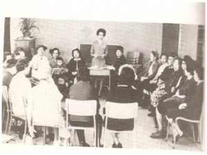 A Chinese Women's Group in a Toronto Presbyterian Church